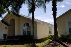 334 Grosvenor Loop Davenport FL for rent