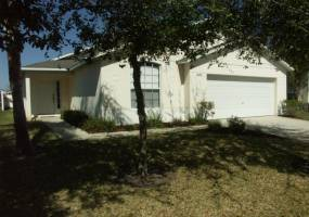 1044 CLEAR CREEK CIRCLE, CLERMONT, Florida 34714, 4 Bedrooms Bedrooms, ,3 BathroomsBathrooms,Residential,For Sale,CLEAR CREEK,76827