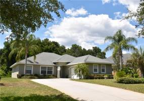 10509 SPRING LAKE DRIVE, CLERMONT, Florida 34711, 3 Bedrooms Bedrooms, ,2 BathroomsBathrooms,Residential,For Sale,SPRING LAKE,76860