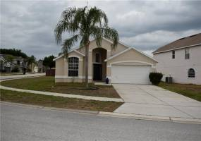 316 RIGGS CIRCLE, DAVENPORT, Florida 33897, 4 Bedrooms Bedrooms, ,2 BathroomsBathrooms,Residential,For Sale,RIGGS,76916