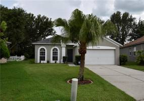 16120 GREEN COVE BOULEVARD, CLERMONT, Florida 34714, 4 Bedrooms Bedrooms, ,2 BathroomsBathrooms,Residential,For Sale,GREEN COVE,76932