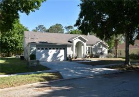 16204 MAGNOLIA HILL STREET, CLERMONT, Florida 34714, 3 Bedrooms Bedrooms, ,2 BathroomsBathrooms,Residential,For Sale,MAGNOLIA HILL,76963