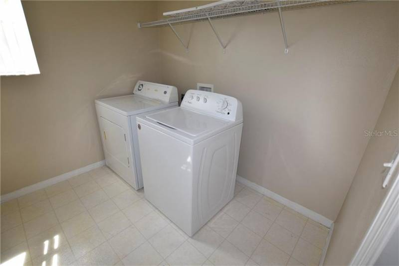 225 KETTERING ROAD, DAVENPORT, Florida 33897, 5 Bedrooms Bedrooms, ,4 BathroomsBathrooms,Residential,For Sale,KETTERING,77001