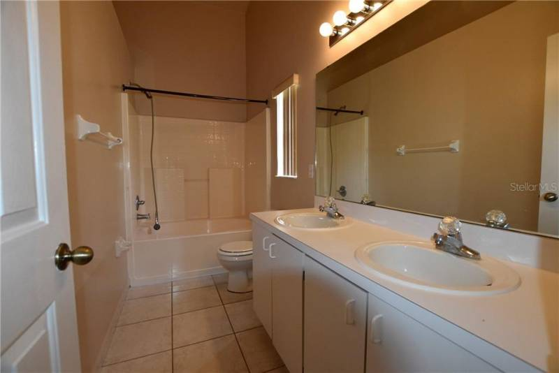 1312 WHITEWOOD WAY, CLERMONT, Florida 34714, 3 Bedrooms Bedrooms, ,2 BathroomsBathrooms,Residential,For Sale,WHITEWOOD,77015