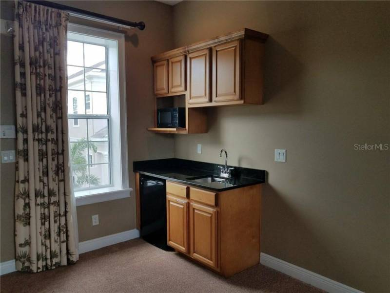 1512 EUSTON DRIVE, REUNION, Florida 34747, 4 Bedrooms Bedrooms, ,4 BathroomsBathrooms,Residential lease,For Rent,EUSTON,77036