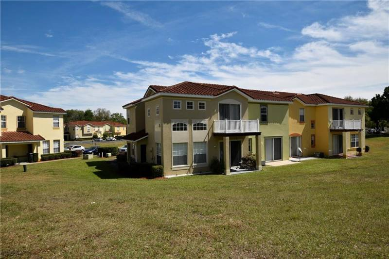 141 MADISON CIRCLE, DAVENPORT, Florida 33896, 4 Bedrooms Bedrooms, ,3 BathroomsBathrooms,Residential,For Sale,MADISON,77052