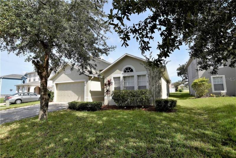 635 BLAKE AVENUE, DAVENPORT, Florida 33897, 4 Bedrooms Bedrooms, ,2 BathroomsBathrooms,Residential lease,For Rent,BLAKE,77077