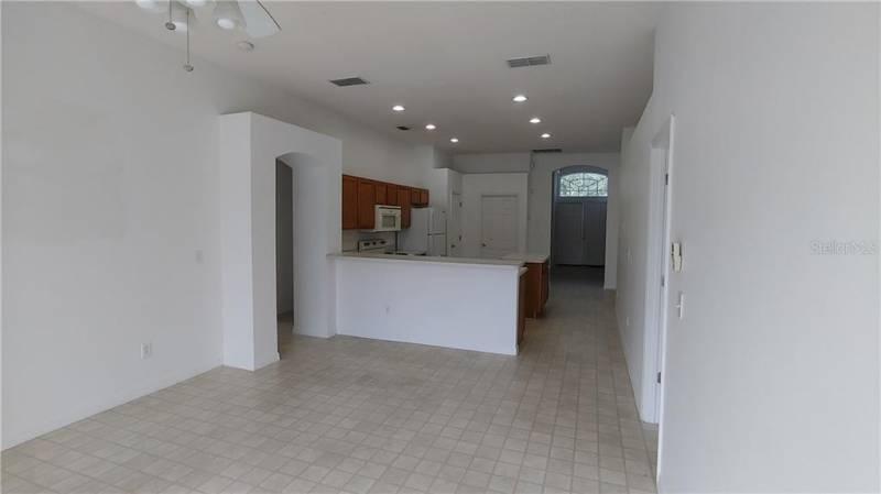 144 BIRCHWOOD DRIVE, DAVENPORT, Florida 33897, 3 Bedrooms Bedrooms, ,2 BathroomsBathrooms,Residential lease,For Rent,BIRCHWOOD,77086