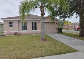 470 SCRUB JAY WAY, DAVENPORT, Florida 33896, 4 Bedrooms Bedrooms, ,3 BathroomsBathrooms,Residential lease,For Rent,SCRUB JAY,77097