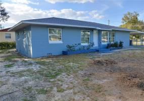 945 MARION DRIVE, MOUNT DORA, Florida 32757, 3 Bedrooms Bedrooms, ,2 BathroomsBathrooms,Residential lease,For Rent,MARION,77114