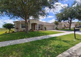 5343 CAPE HATTERAS DRIVE, CLERMONT, Florida 34714, 4 Bedrooms Bedrooms, ,3 BathroomsBathrooms,Residential lease,For Rent,CAPE HATTERAS,77119